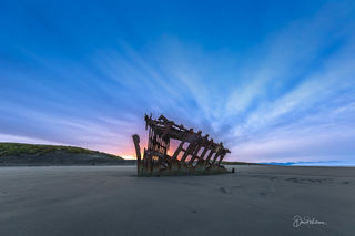 Sun Rise Over the Peter Iredale Ship Wreck